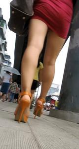 Red-Mini-Skirt-Candid-77dexttfq0.jpg