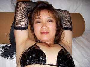 Asian-MILF-amateur-%5Bx30%5D-h7fa5ljfqw.jpg